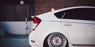 stanced-toyota-prius