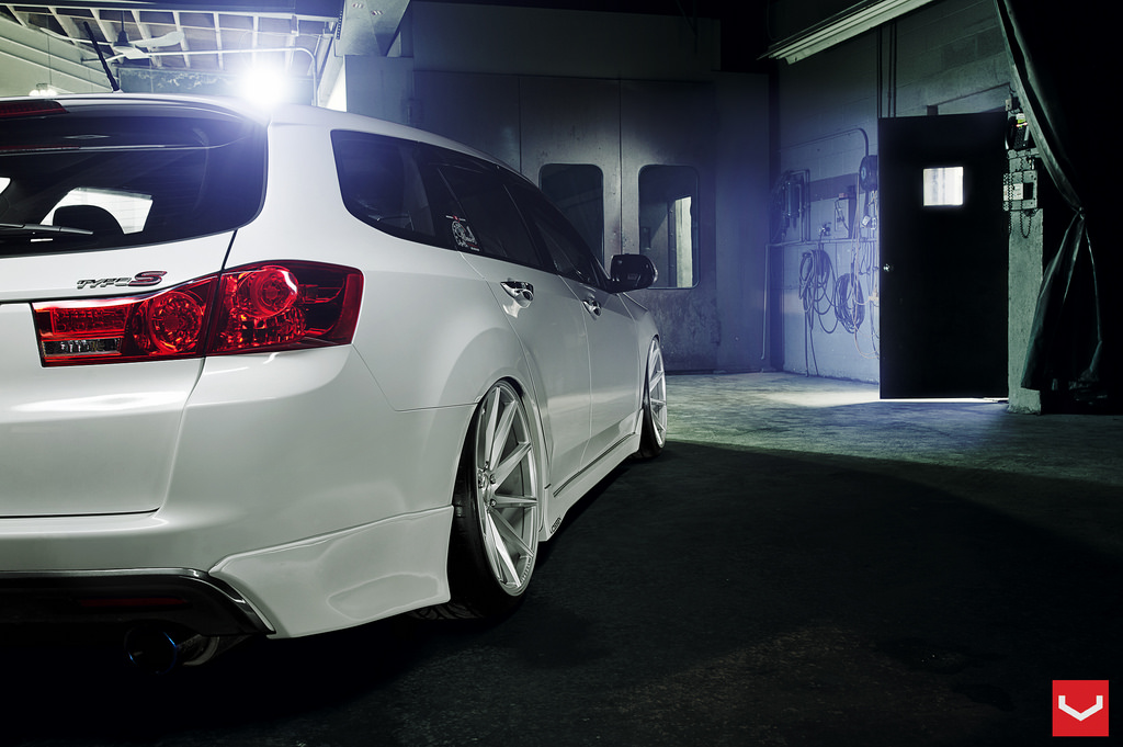 Acura Tsx Wagon Lowered On Vossen Cvt Autospice