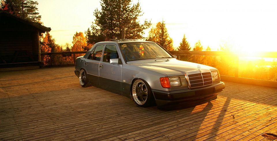 slammed Mercedes W124 on RH 3.6